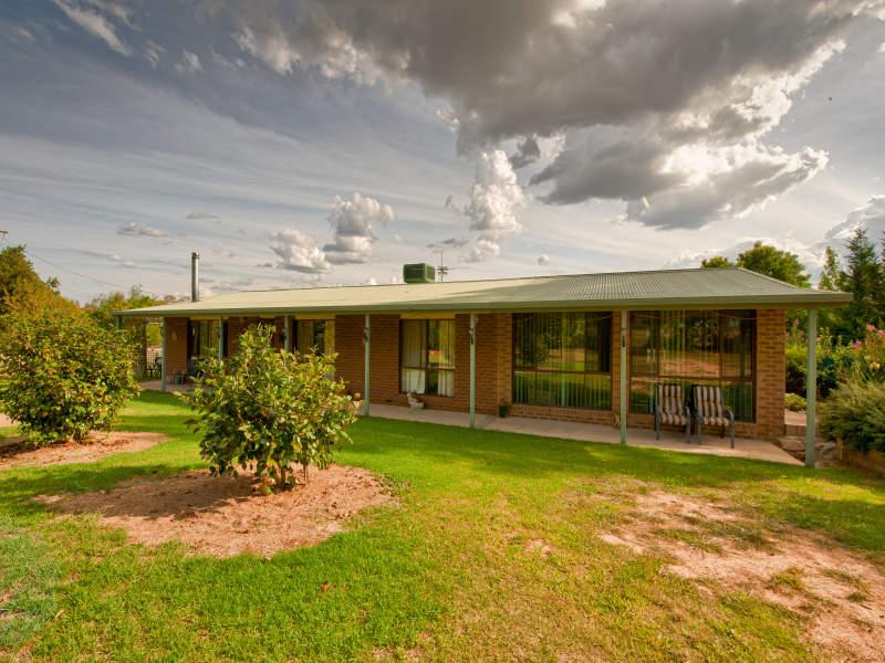 19 Glenellen Road, Gerogery, NSW 2642