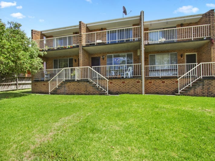 2/6 Pacific Street, Batemans Bay, NSW 2536