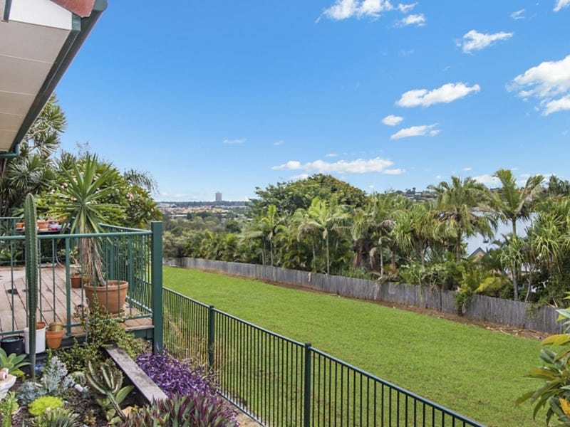 2/9 Sequoia Court, Banora Point, NSW 2486