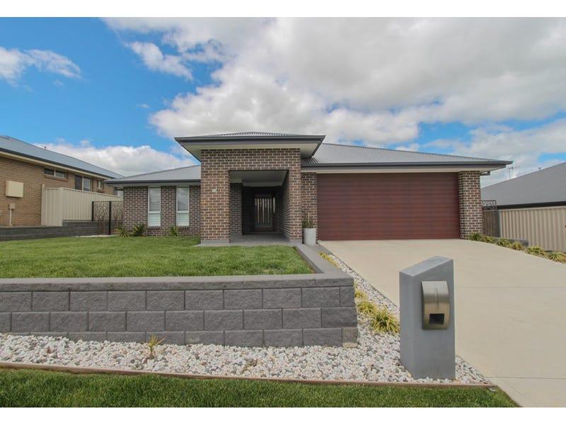 30 Amber Close, Kelso, NSW 2795