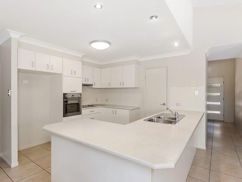 94 Ormeau Ridge Road, Ormeau Hills, Qld 4208