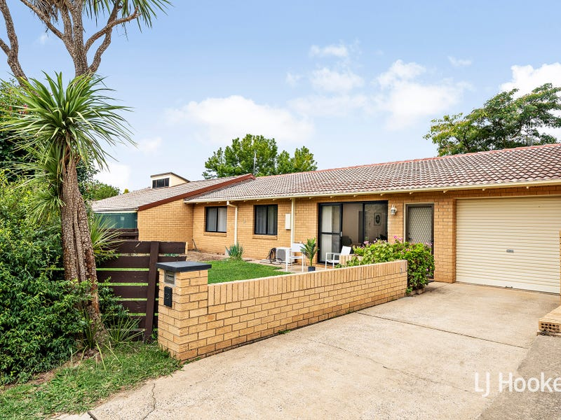 18 Barlow Street, Scullin, ACT 2614