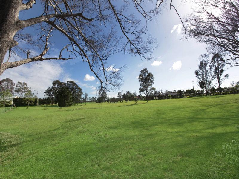 9-17 Garswood Road, Glenmore, NSW 2570