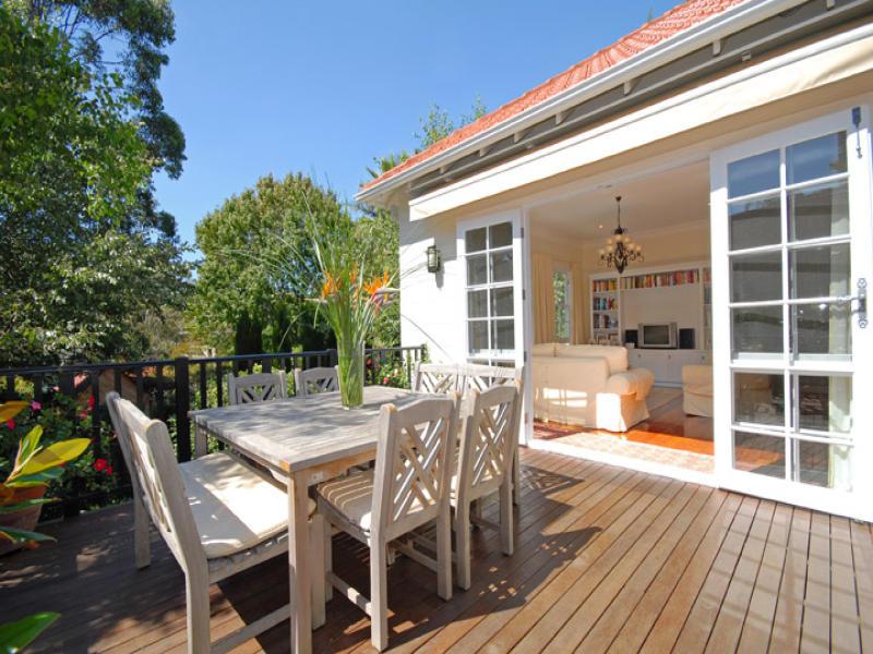 4 Holdsworth Avenue, St Leonards, NSW 2065