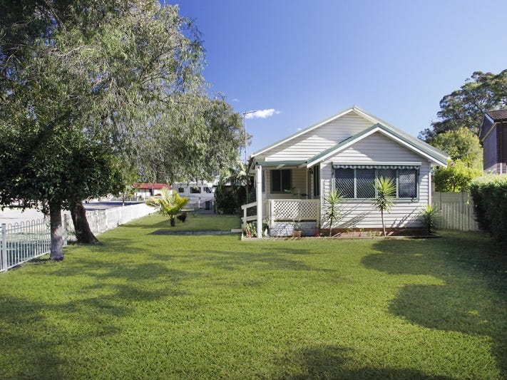 1 Tingira Street, Charmhaven, NSW 2263
