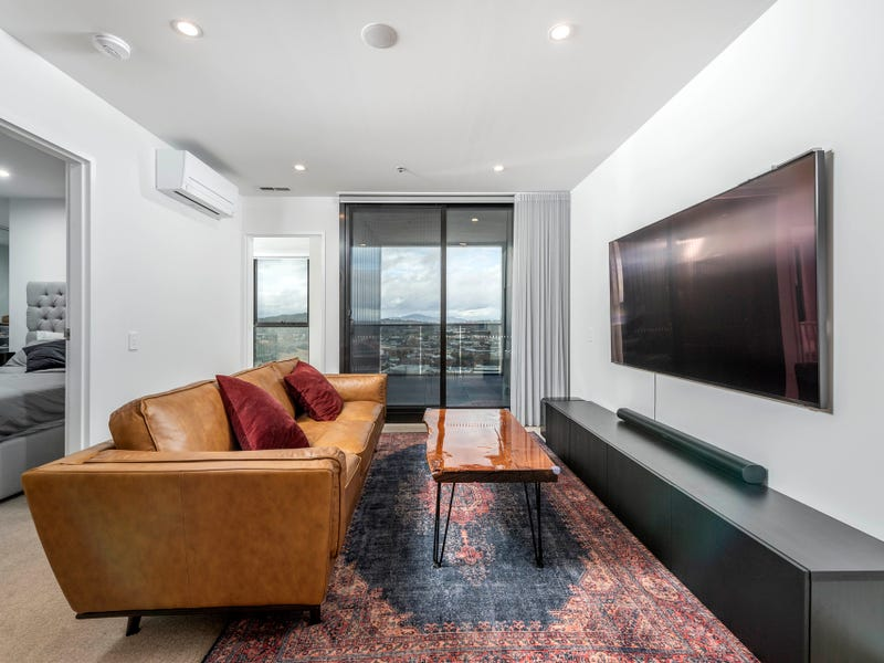 2102/15 Bowes Street, Phillip, ACT 2606