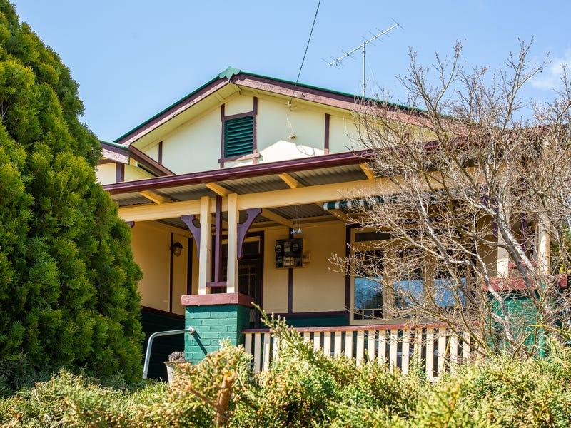 30 Maitland Street, Uralla, NSW 2358