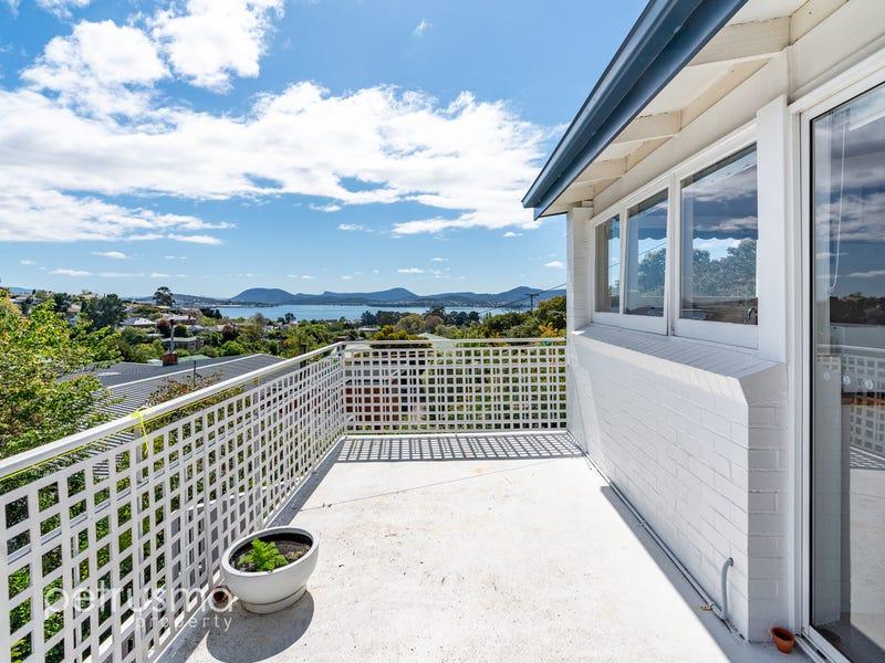 23 Wayne Avenue, Sandy Bay, Tas 7005