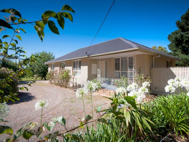 119 Millett Road, Gisborne South, Vic 3437