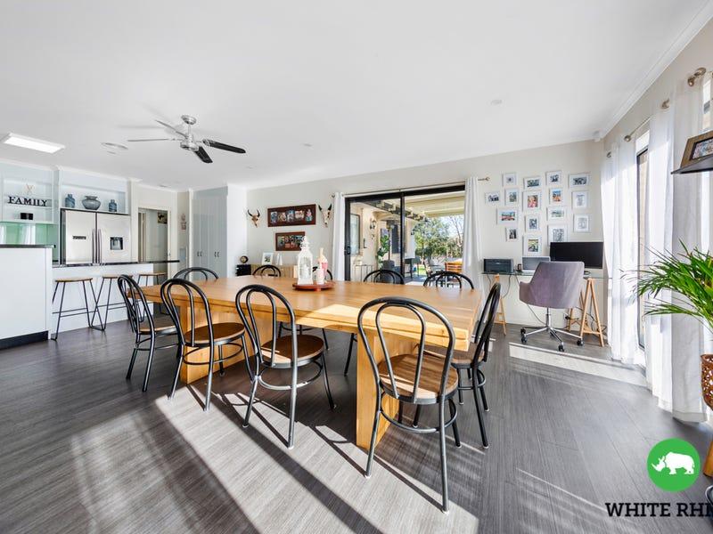 3 Weeroona Place, Jerrabomberra, NSW 2619