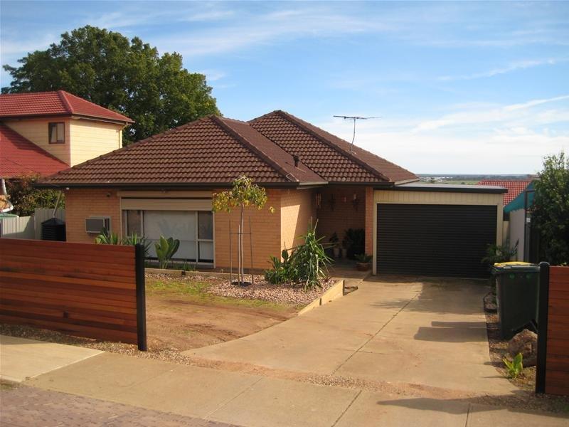 25 Robert Court, Para Hills, SA 5096
