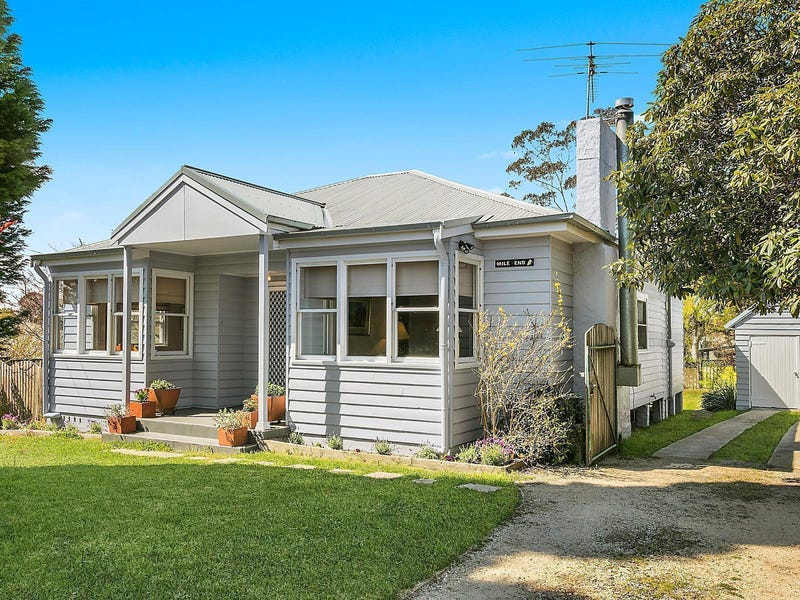 229 Govetts Leap Road, Blackheath, NSW 2785