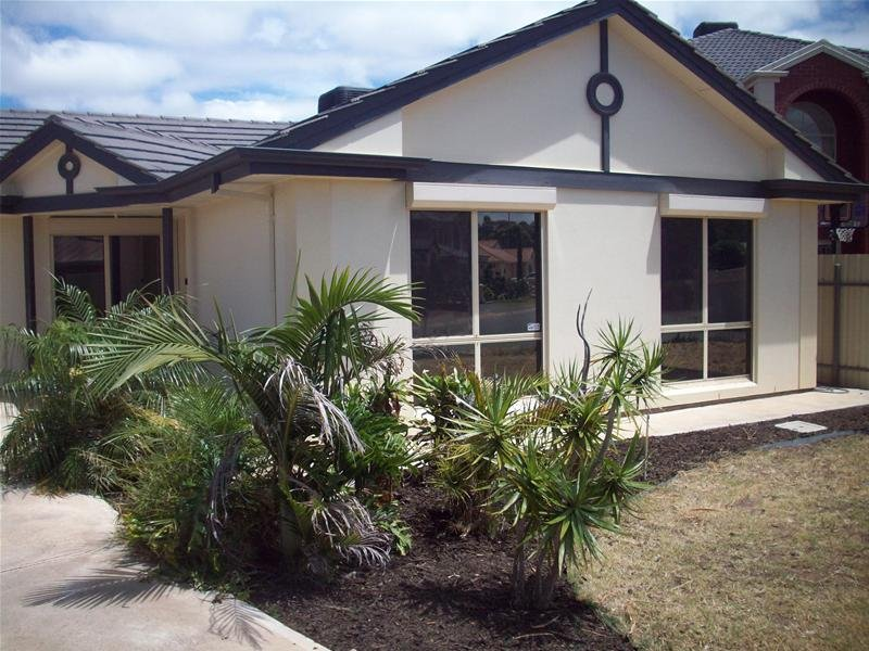 24 Springbank Place, Parafield Gardens, SA 5107