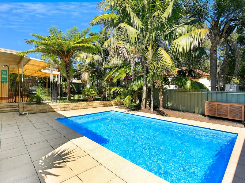 2 Rosemont Street, West Wollongong, NSW 2500
