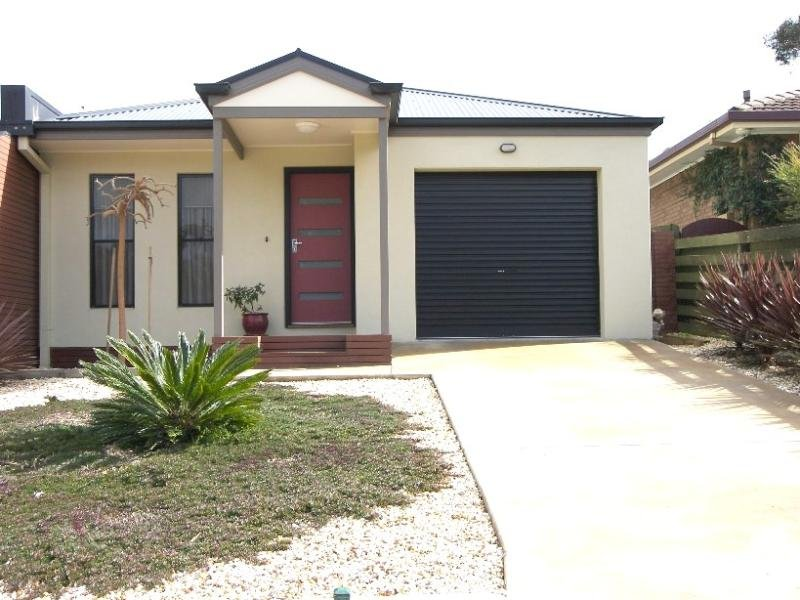 250A Mackenzie Street West, Kangaroo Flat, Vic 3555