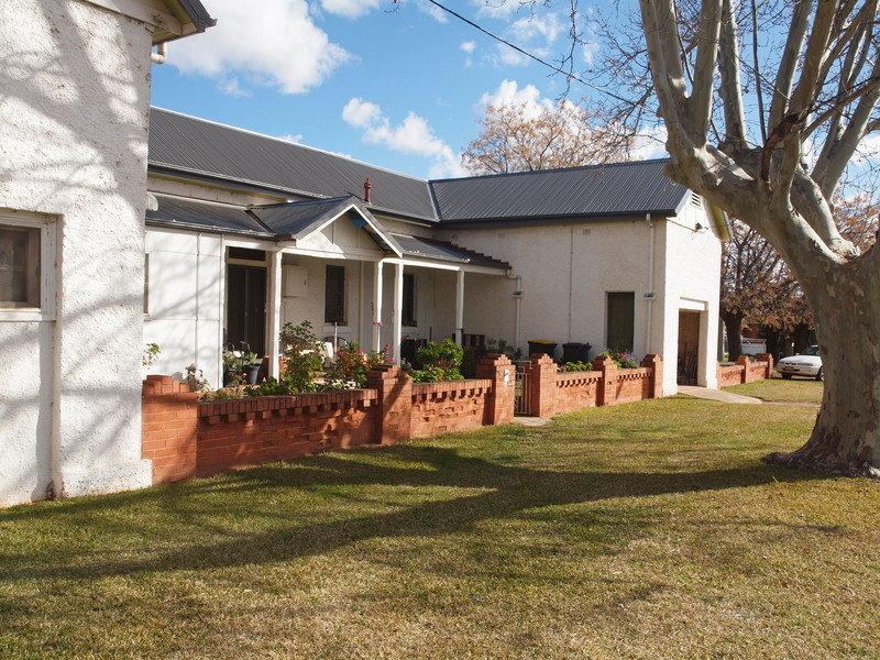 90-96 Larmer Street, Narrandera, NSW 2700