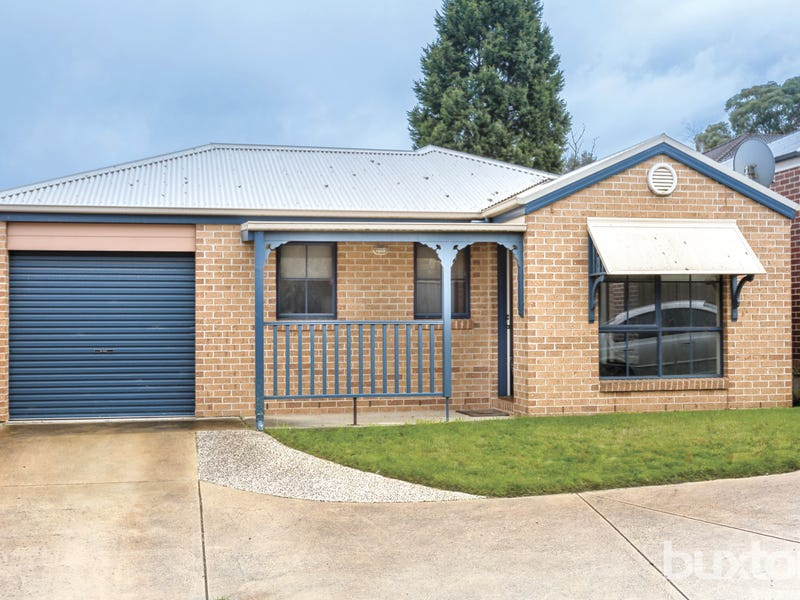 2/18 Heales Street, Mount Pleasant, Vic 3350