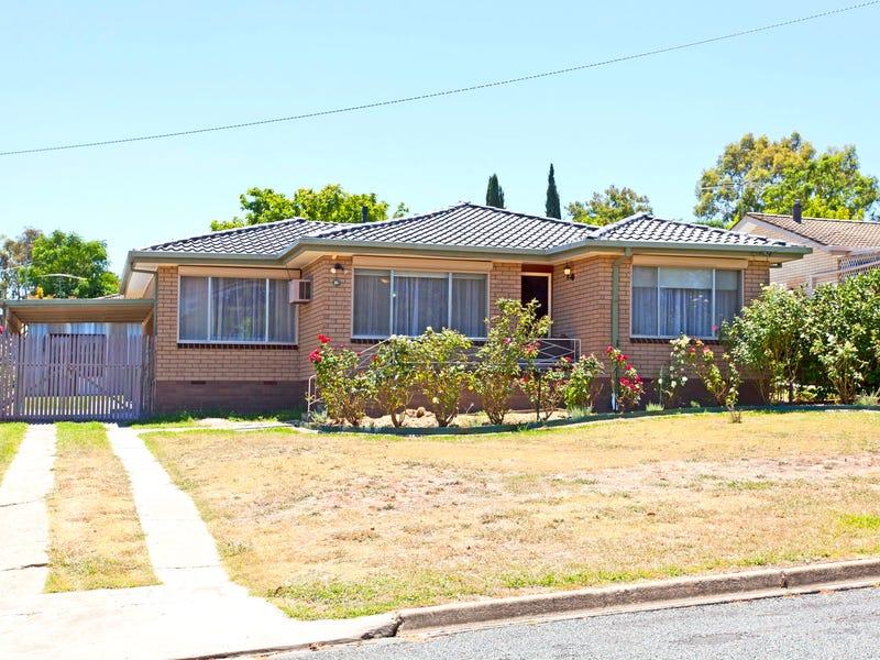 294 Cheyenne Drive, Lavington, NSW 2641