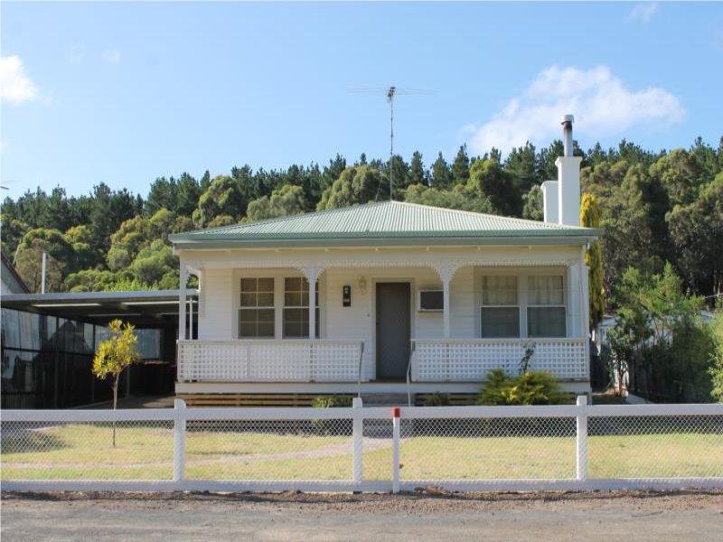 14 Thomas Drive, Mount Burr, SA 5279