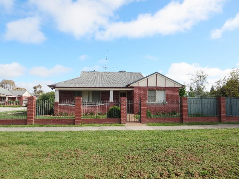 2/108 Adams Street, Jindera, NSW 2642