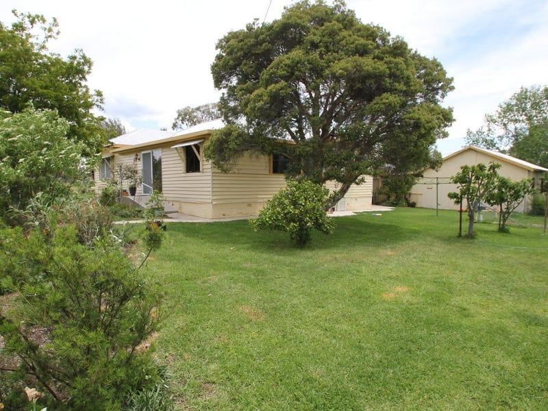 6 Logan Street, Tenterfield, NSW 2372