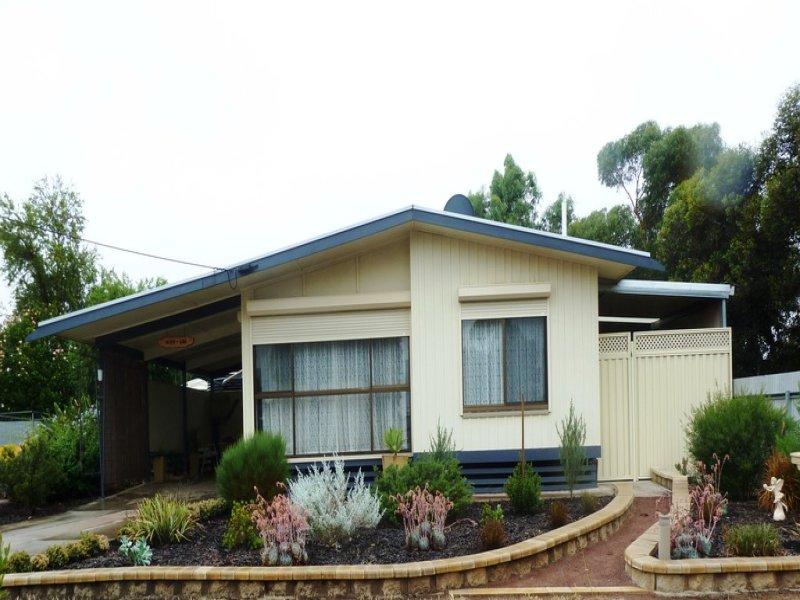 17 Thomas Street, Minnipa, SA 5654