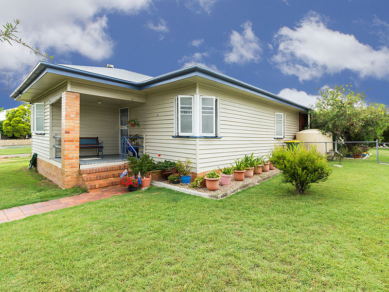 49 Clifton Street, Booval, Qld 4304