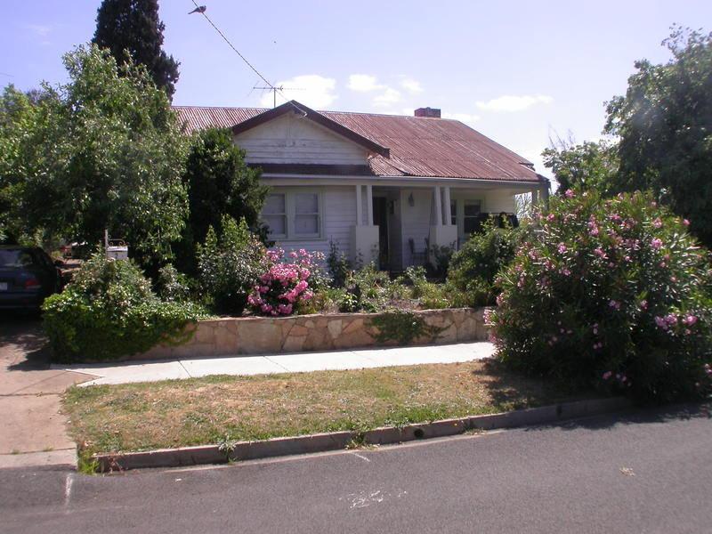 2 Sutherland Street, Bacchus Marsh, Vic 3340