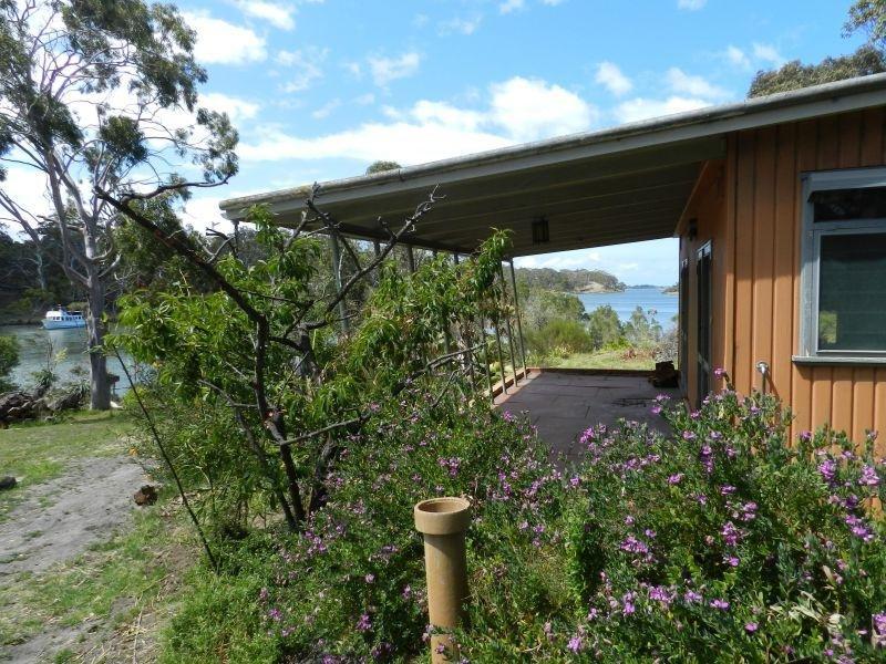 79-81 Cranswick Road, Banksia Peninsula, Forge Creek, Vic 3875