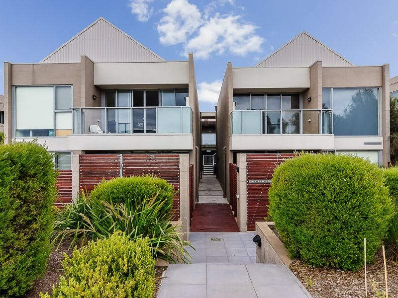 2.6/126 SHETLAND HEIGHTS ROAD, San Remo, Vic 3925
