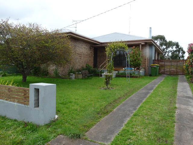 10 George, Casterton, Vic 3311