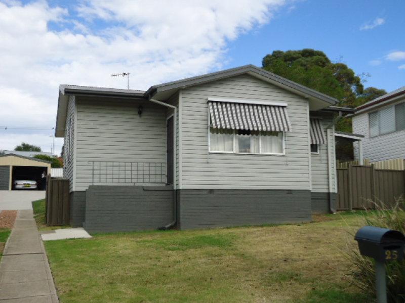 25 HOLLIS AVENUE, Goulburn, NSW 2580