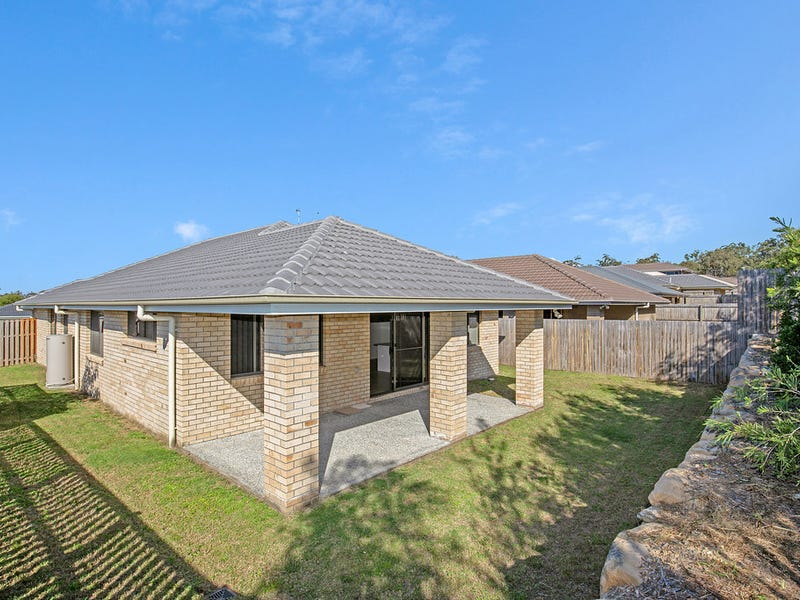 1 Maurie Pears Cres, Pimpama, Qld 4209