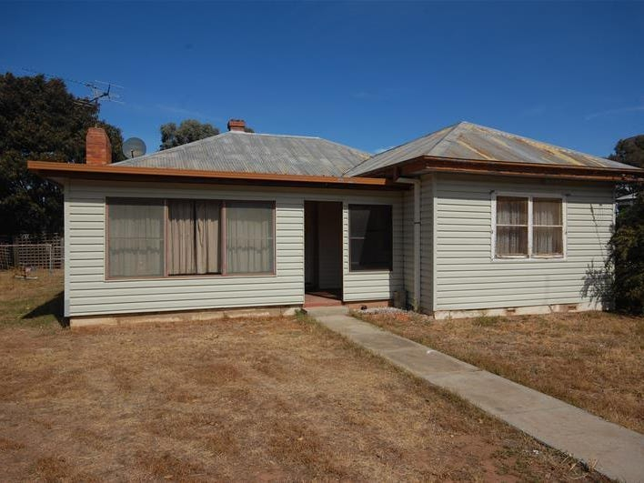 60 Ferrier Street, Lockhart, NSW 2656