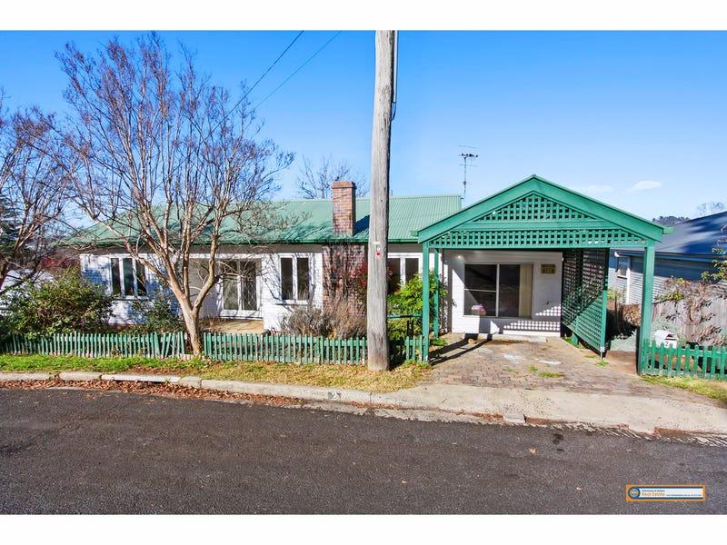 2 Quin Avenue, Armidale, NSW 2350
