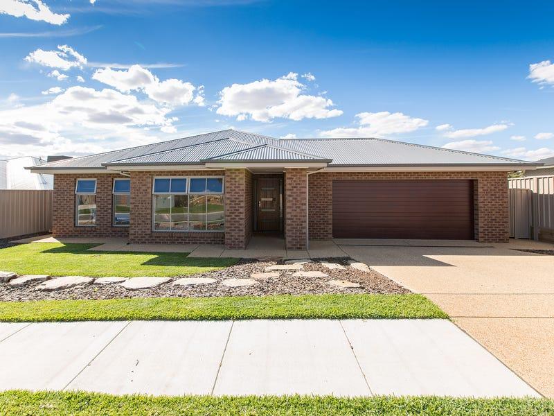 23 Charlton Street, Boorooma, NSW 2650
