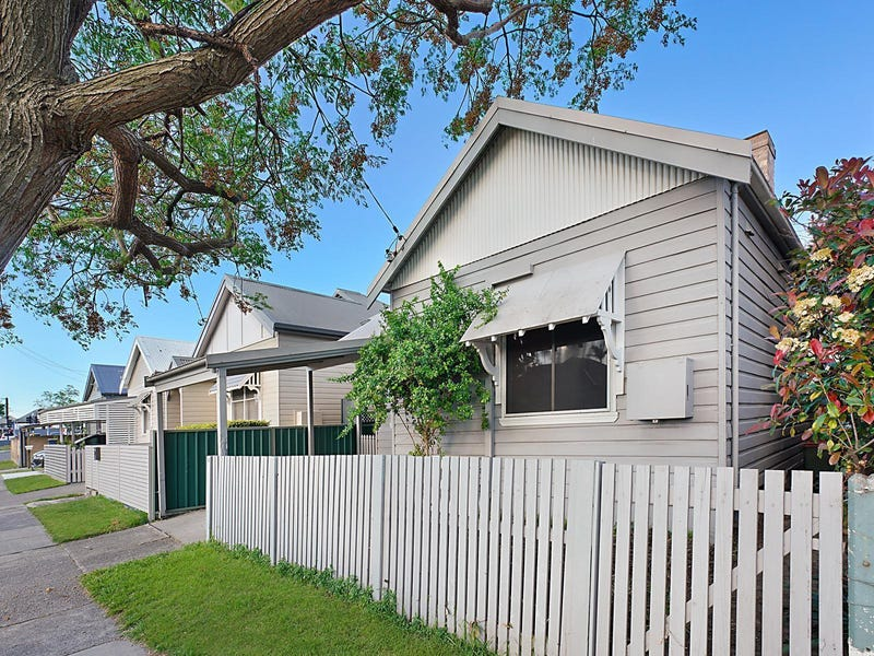 19 Samdon Street, Hamilton, NSW 2303