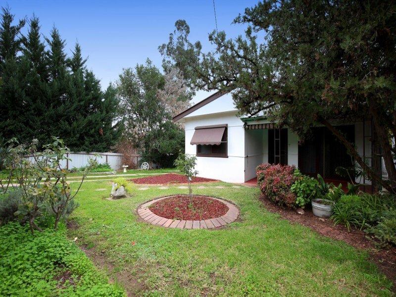 159 Lake Albert Road, Kooringal, NSW 2650