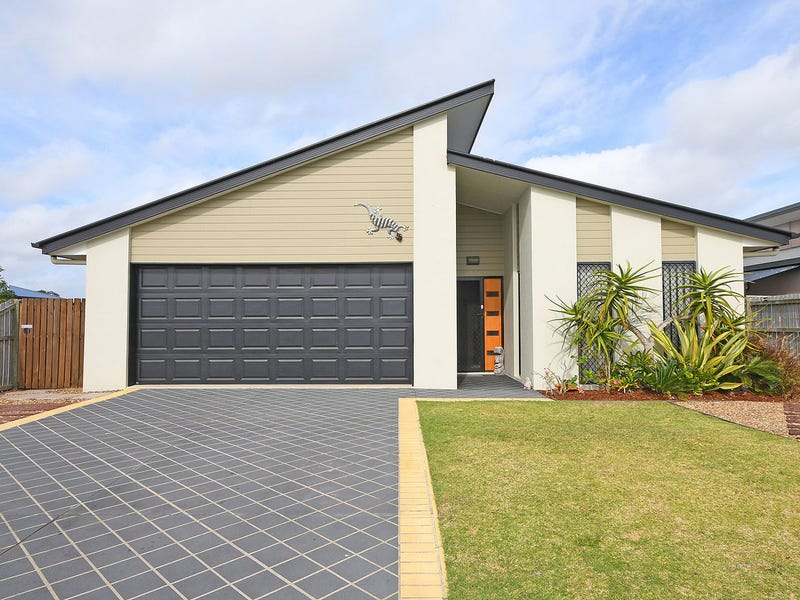 34 Earl St Vincent Circuit, Eli Waters, Qld 4655