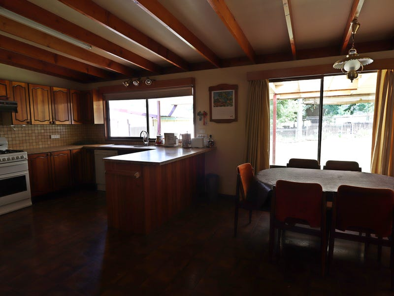 39 Mitchell Avenue, Khancoban, NSW 2642