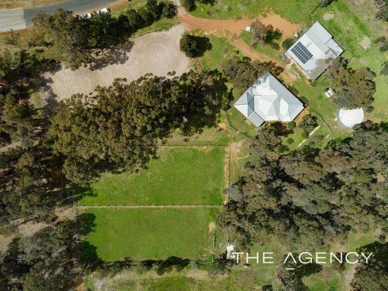 82 Country Road, Gidgegannup, WA 6083