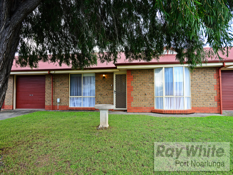 Unit 2, 19 Griffiths Drive, Moana, SA 5169