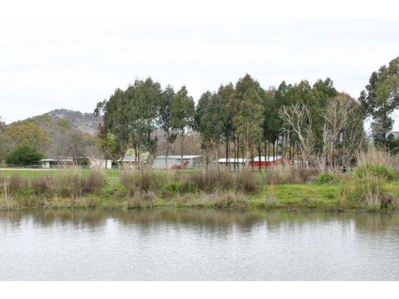 818 Panrock Road, Great Western, Vic 3374