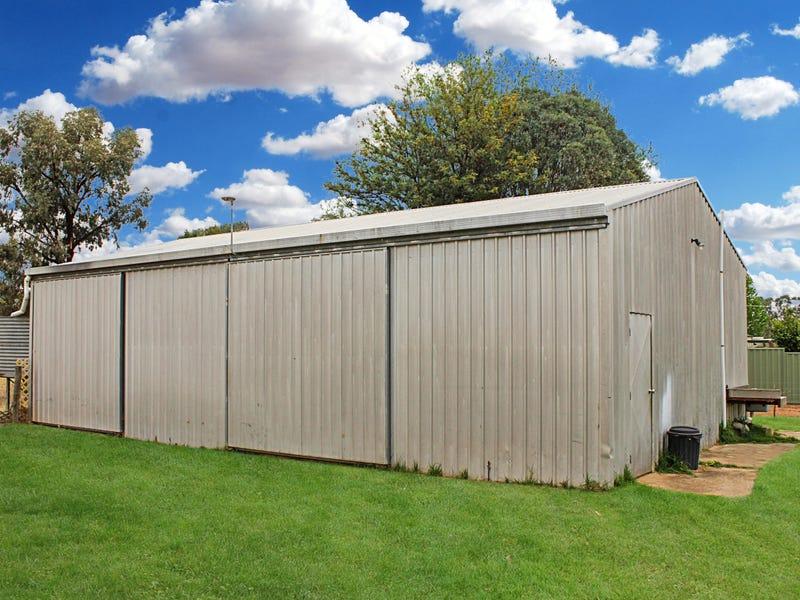 10 Wakool Street, Tooleybuc, NSW 2736
