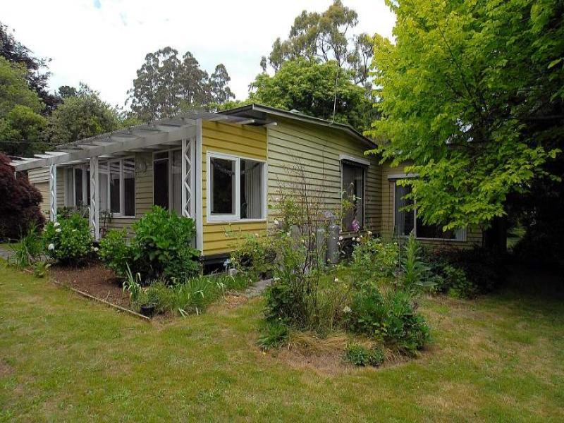 10 Georges Road, Sherbrooke, Vic 3789