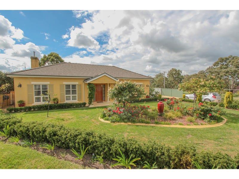 3 Gleneagles Close, Robin Hill, NSW 2795