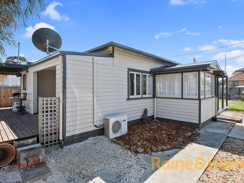 12 Raynors Road, Midway Point, Tas 7171