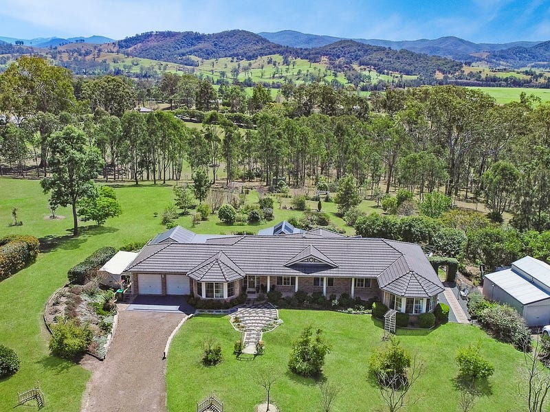 5 Phascogale Crescent, Barrington, NSW 2422