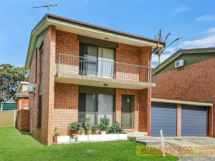 1/18 Chiswick Road, Greenacre, NSW 2190