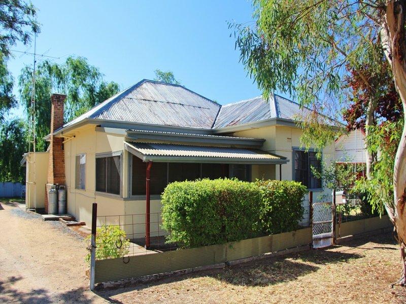 23 Brundah Street, Grenfell, NSW 2810